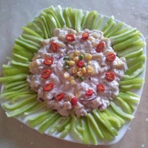 Aranjament cu salata si ardei