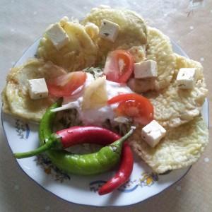 Salata de varza si dovlecei pane